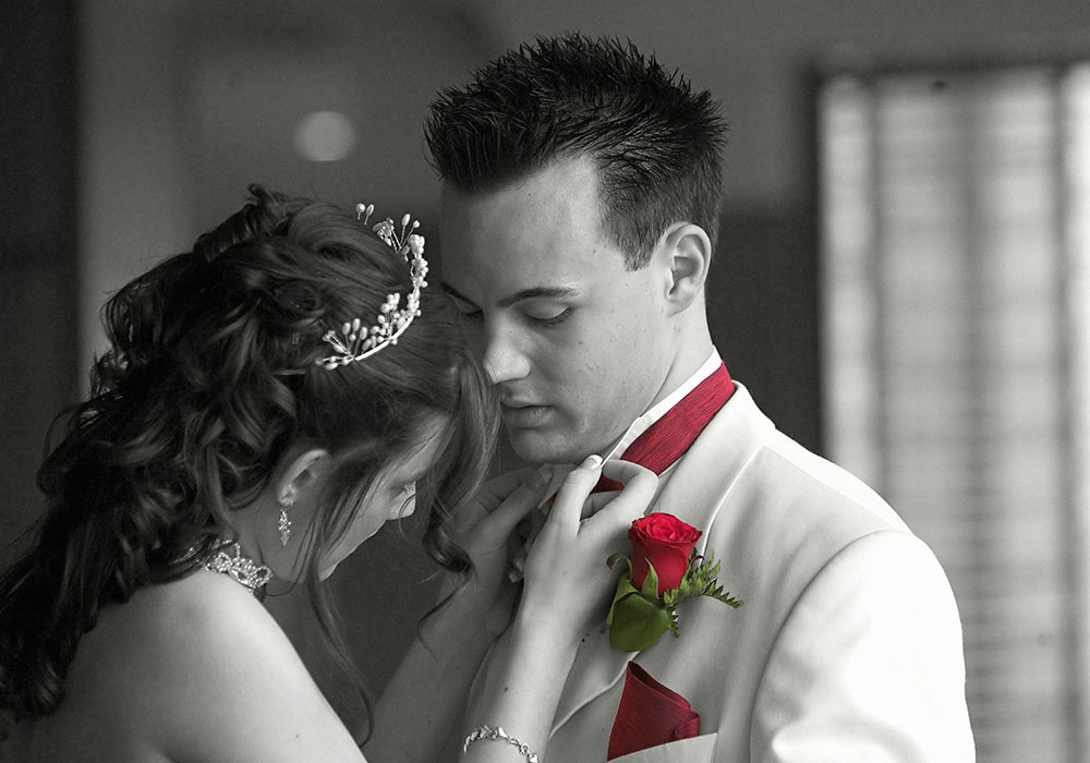 wedding photography peterborough - Mr & Mrs