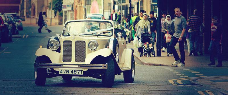 peterborough wedding photographer - wedding car in Peterborough
