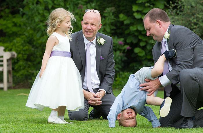 Wedding Photographer - Bell @ Stilton - Kids on the Grass