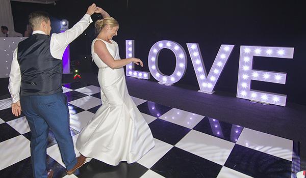 nene digital weddings - peterborough wedding photographer - first dance