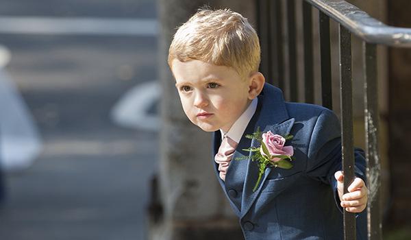 nene digital weddings - nene digital weddings - page boy