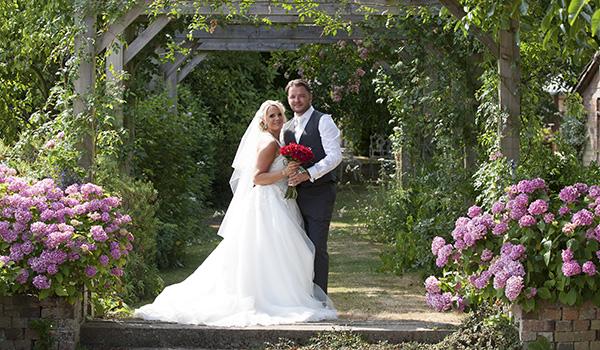 nene digital weddings - wedding photography peterborough - Queens Head Nassington